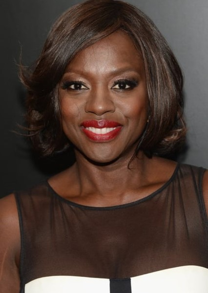 Viola Davis as Paloma Cuesta in Aqui no hay quien viva international