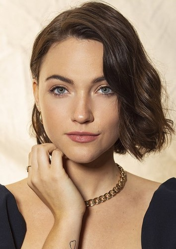 Violett Beane as Jesse Wells in Titans  (Arrowverse)