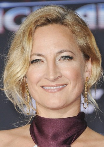 Zoë Bell as Donna Thrombey in Tarantino's Knives Out