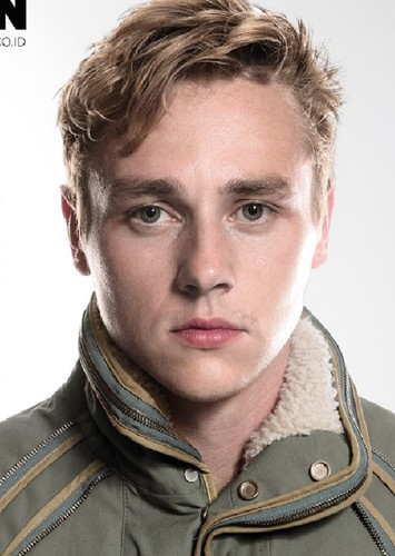 Ben Hardy as Roger Taylor in Who Wants To Live Forever