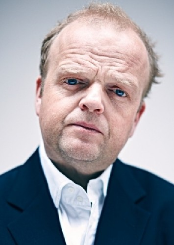 Toby Jones as Manager in Pink Floyd: The Wall but...