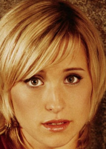 Allison Mack as Chloe Sullivan in Green Arrow (Smallville)
