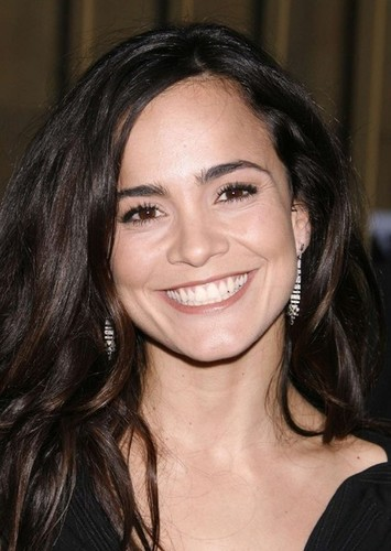 Alice Braga as Nurse  t. is efhv that. Xox.   B. in The Faculty