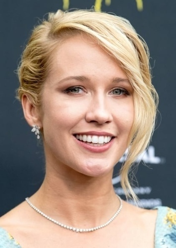 Anna Camp as Kelly Frears in Cast Away