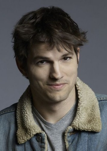 Ashton Kutcher as Elliot in Open Season 4