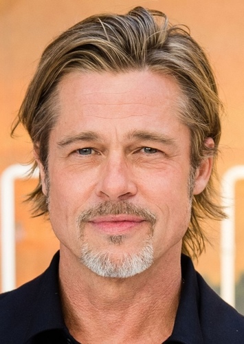 Brad Pitt as Arthur Curry in DCEU in the 90's