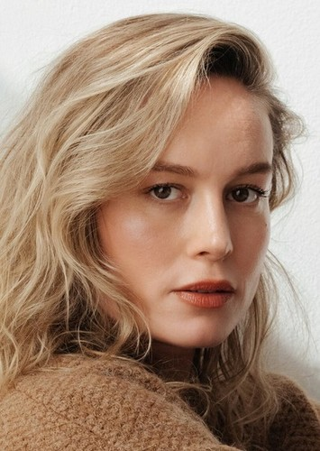 Brie Larson as Amber Nolan in Bulletproof Clash