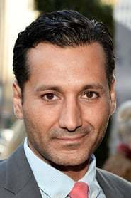 Cas Anvar as Cyrus the Great in Royals