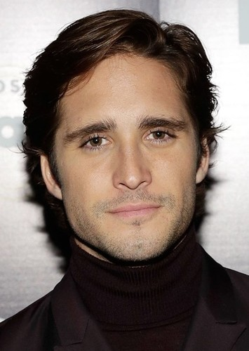 Diego Boneta as Chris Ramirez in The Runaway