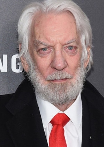 Donald Sutherland as James Johnson in Snow Dogs (2019)