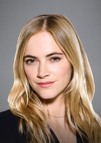 Emily Wickersham as Director Beth Tosh in Haunt