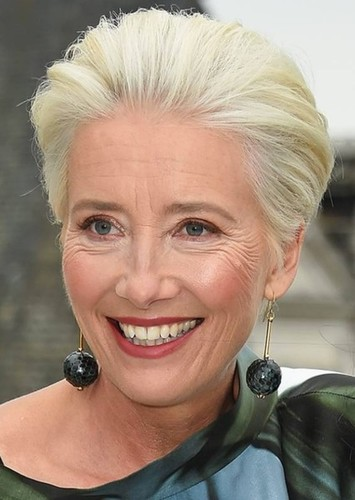 Emma Thompson as The queen of arendelle in Frozen