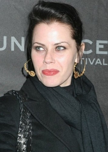 Fairuza Balk as Dorothy Gale in Dorothy must die