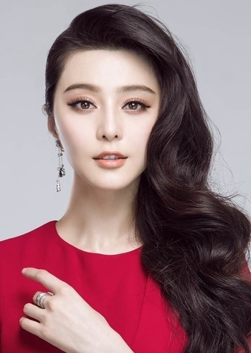 Fan Bingbing as Ada Wong in A Smoothieverse Chronicle- Tomb Raider