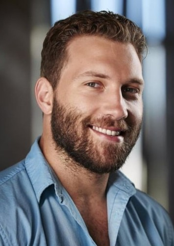 Jai Courtney as Justin Lyons in The Crocodile Hunter Biopic