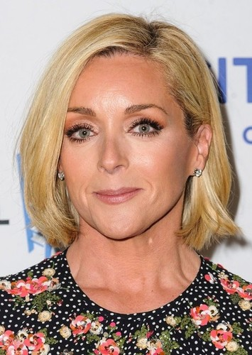 Jane Krakowski as Giselle in Open Season 4