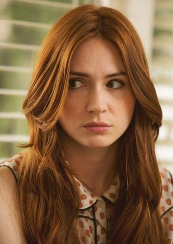 Karen Gillan as Shiara in Enchanted Forest Chronicles