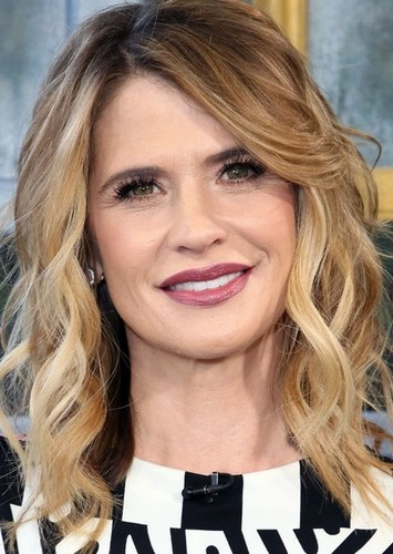 Kristy Swanson as Kelsey Holland in The Grudge - 2019 Remake