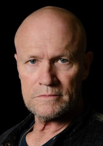 Michael Rooker as Vito Sardini in Haunting - Starring Polterguy