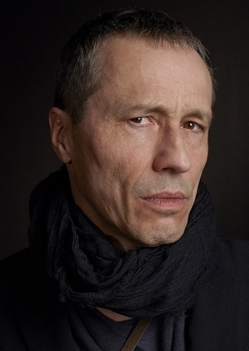 Michael Wincott as Snare in Gregor and the Prophecy of Bane