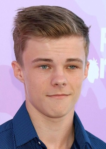 Nicholas Hamilton as Miles Lancaster in Transformers