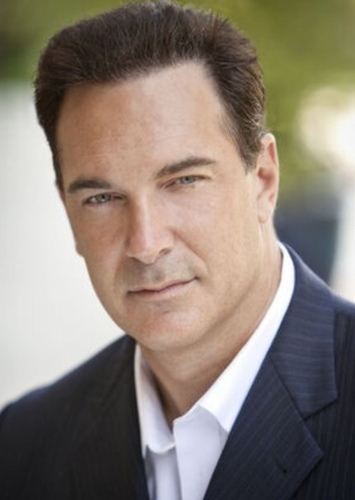 Patrick Warburton as Ian in Open Season 4