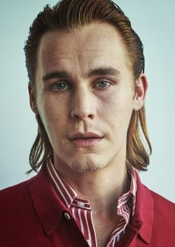 Rhys Wakefield as Woody Jackson in Ben & Jerry