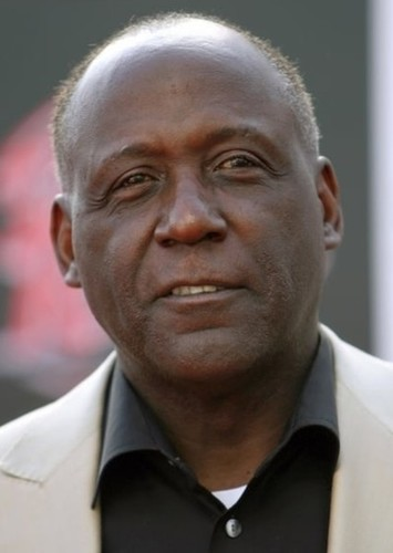 Richard Roundtree as Lucius Fox in Burtonverse