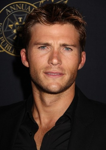 Scott Eastwood as Wolverine in Marvel Universe