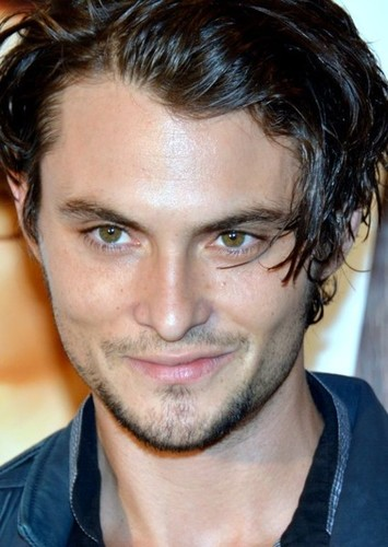 Shiloh Fernandez as John Mayer in Synchronicity