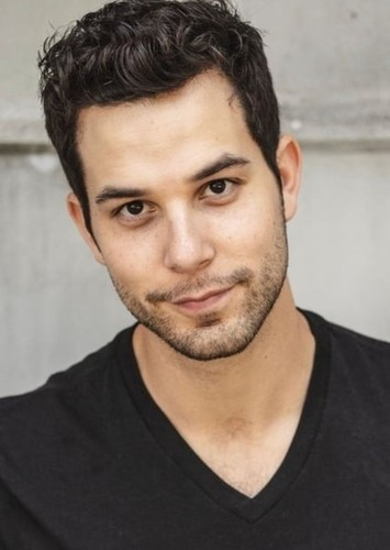 Skylar Astin as Samuel Seabury in Hamilton: An American Movie