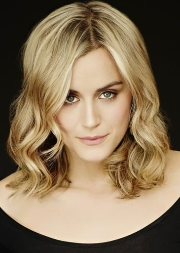 Taylor Schilling as Gaila in Psicopatici & Proffy