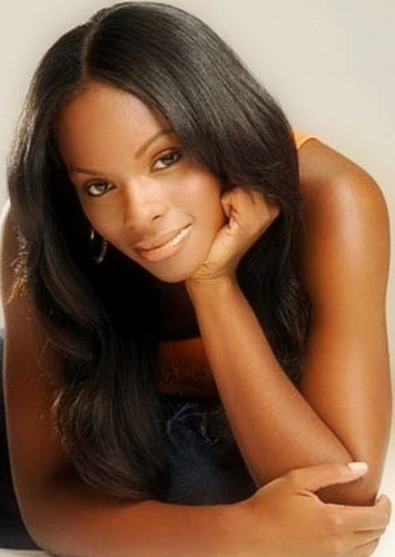 Tika Sumpter as Joanie in There's Something About Mary