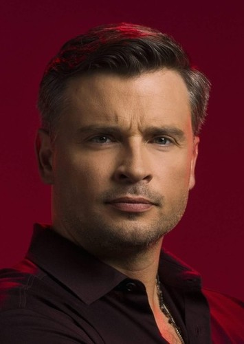 Tom Welling as Superman in Arrowverse: Civil War