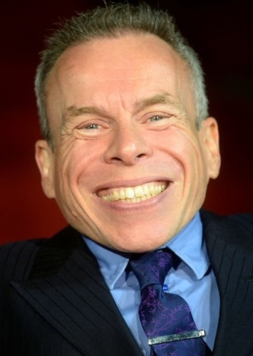 Warwick Davis as Glimfeather in The Chronicles of Narnia