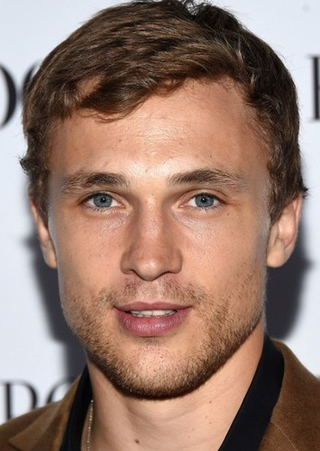 William Moseley as Liam in The royal romance