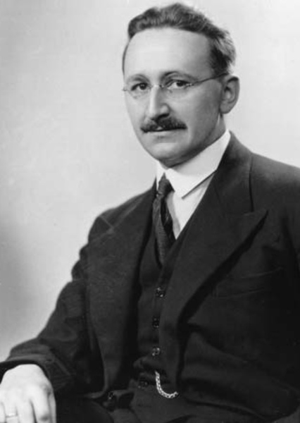 topic paper on friedrich a hayek Friedrich hayek's assertion that price fluctuations are an essential part of the economy was capital, money, and the business cycle are prominent topics in hayek's early contributions to economics for his part, hayek dedicated a collection of papers, studies in philosophy, politics, and economics, to.